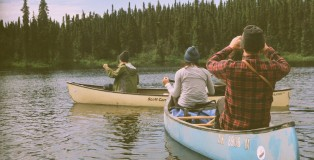 Film-Chasing-Bears-Alaska-97